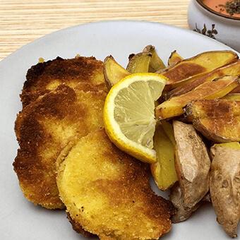 Sellerie Schnitzel und Ofenpommes vegan